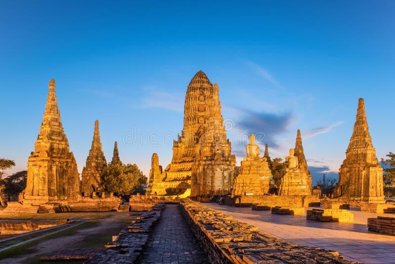 Oude tempel Wat Chaiwatthanaram in Ayutthaya-Provincie (Ayutthaya stock afbeelding