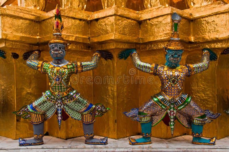 Oude Thaise heilige reuzen stock foto