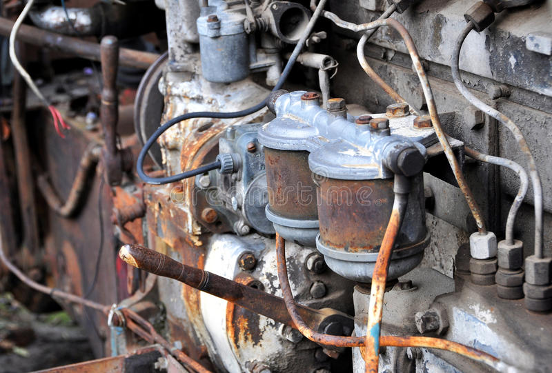 Oude tractormotor royalty-vrije stock fotografie