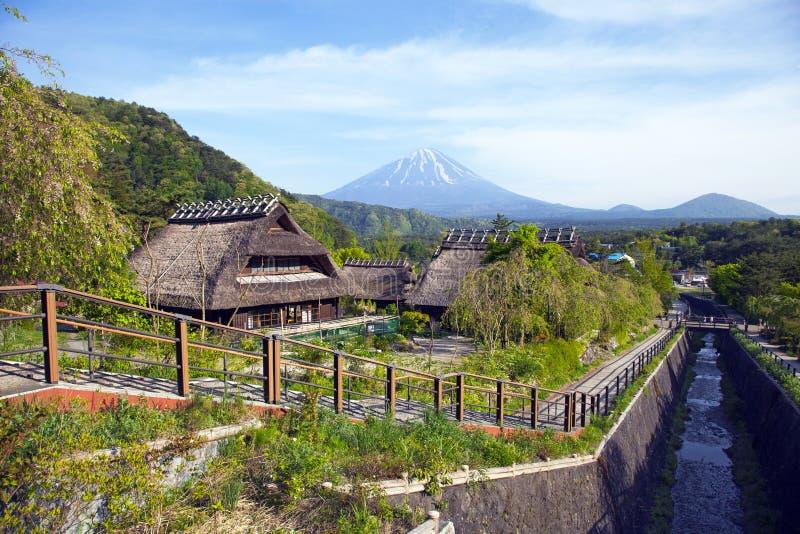 Oude traditionele Japanse Huizen royalty-vrije stock fotografie