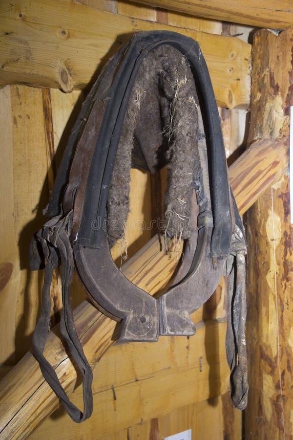 Oude uitrusting voor paarden klem royalty-vrije stock afbeeldingen