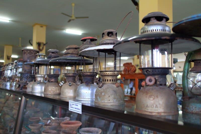 Oude uitstekende lantaarn stock fotografie