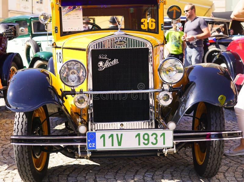 Oude Uitstekende Skoda-Auto - in Oud Autofestival royalty-vrije stock afbeeldingen