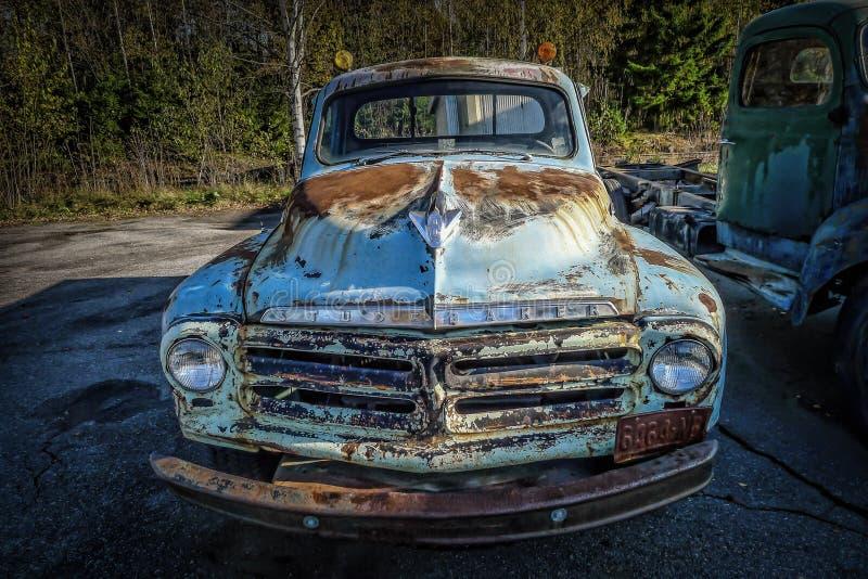 Oude uitstekende Studebaker-vrachtwagenauto royalty-vrije stock afbeelding