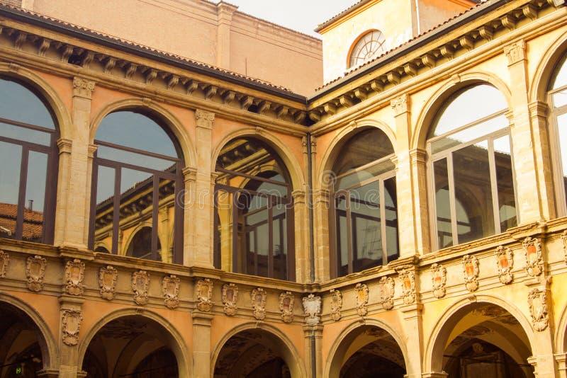 Oude Universiteit van Bologna stock afbeelding