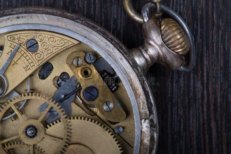 Oude uurwerk dichte omhooggaand royalty-vrije stock foto's