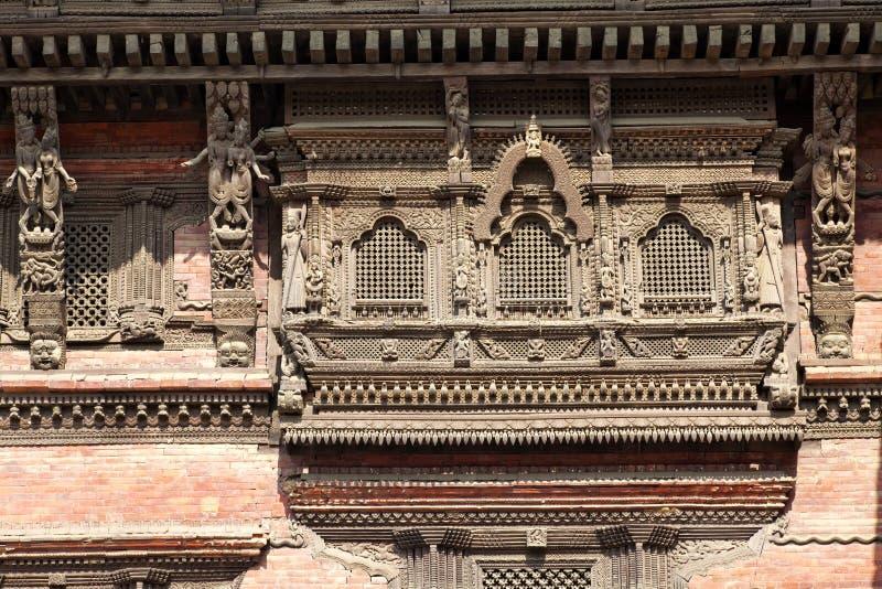 Oude Vensters, het Vierkant van Katmandu Durbar, Nepal stock foto