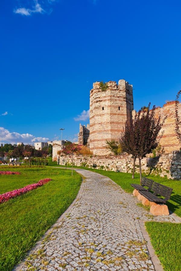 Oude vesting in Istanboel Turkije stock afbeeldingen