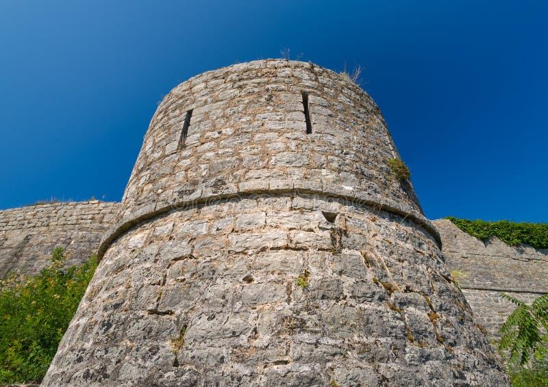 Oude vestingstoren royalty-vrije stock afbeeldingen