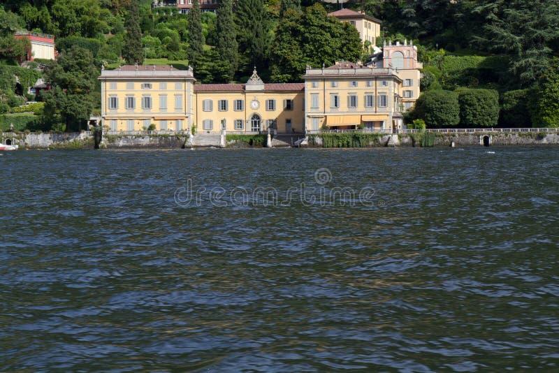Oude villa bij meer Como, Italië stock fotografie