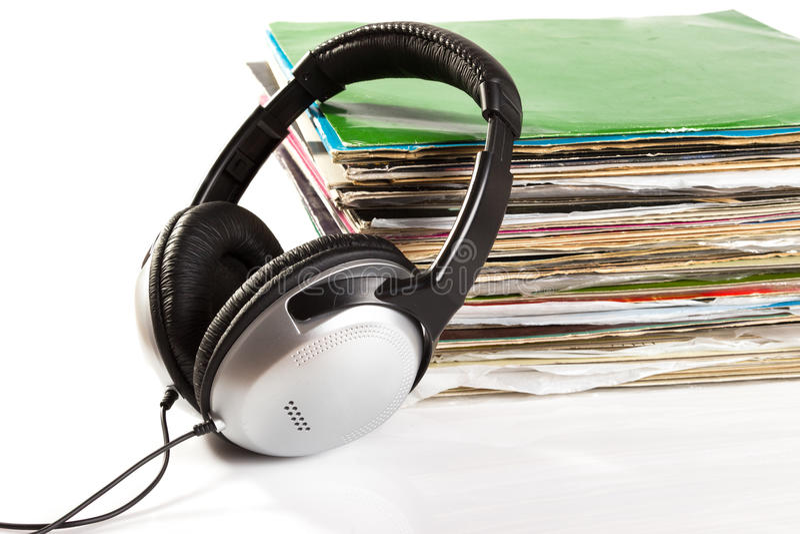 Oude vinyl en hoofdtelefoons royalty-vrije stock afbeeldingen