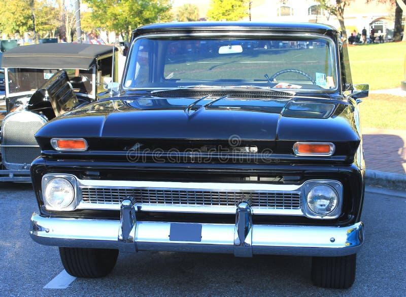 Oude Vrachtwagen Chevy royalty-vrije stock afbeeldingen