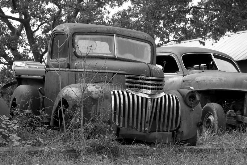 Oude Vrachtwagens stock foto