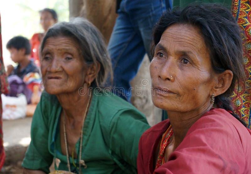 Oude vrouwen stock afbeeldingen