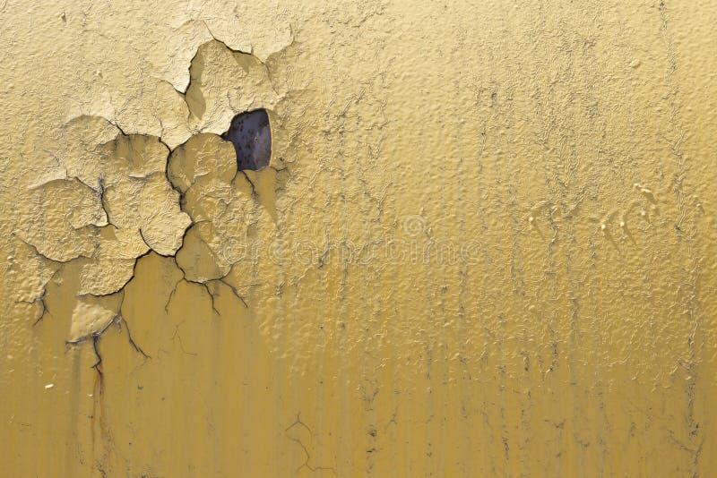 Oude vuile muur met gebarsten verf, Close-updetail van gebarsten verf op muur Kras grunge stedelijke achtergrond Noodtextuur voor royalty-vrije stock foto