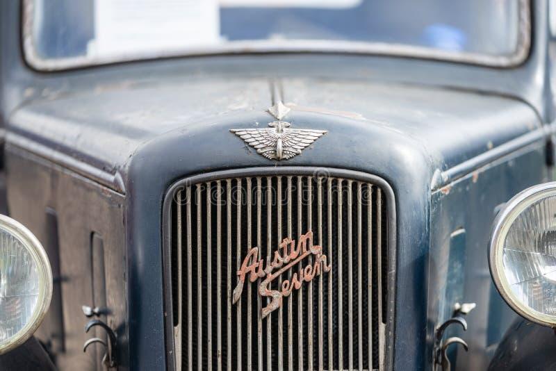 OUDE WARDEN, BEDFORDSHIRE, UK, OCTOBER 6, 2019 De Austin 7 is een zuinige auto die van 1922 tot 1939 in de Verenigde Staten werd  stock fotografie