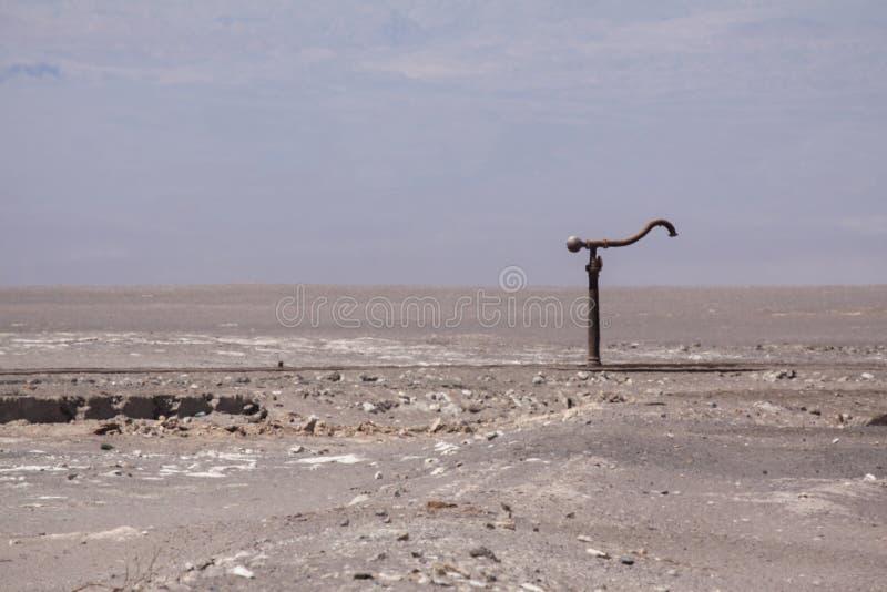 Oude waterkraan stock foto
