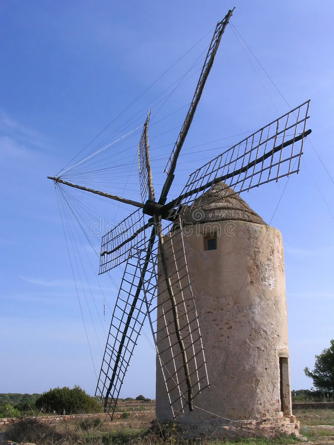 Oude windmolen in Formentera (Spanje) royalty-vrije stock fotografie