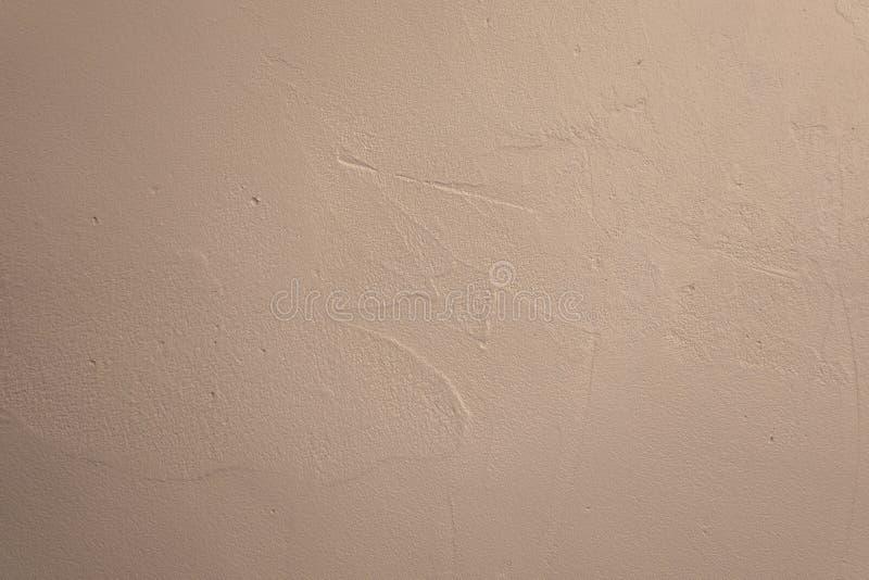 Oude witte concrete muur met pleister, naadloze achtergrondfototextuur stock foto
