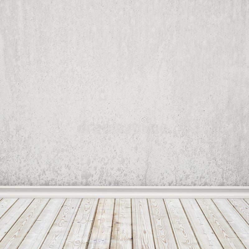 Oude witte geschilderde muur en uitstekende houten vloer, binnenlandse achtergrond stock foto