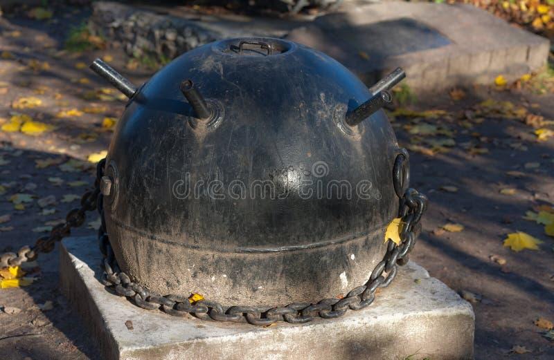 Oude zeemijn stock foto