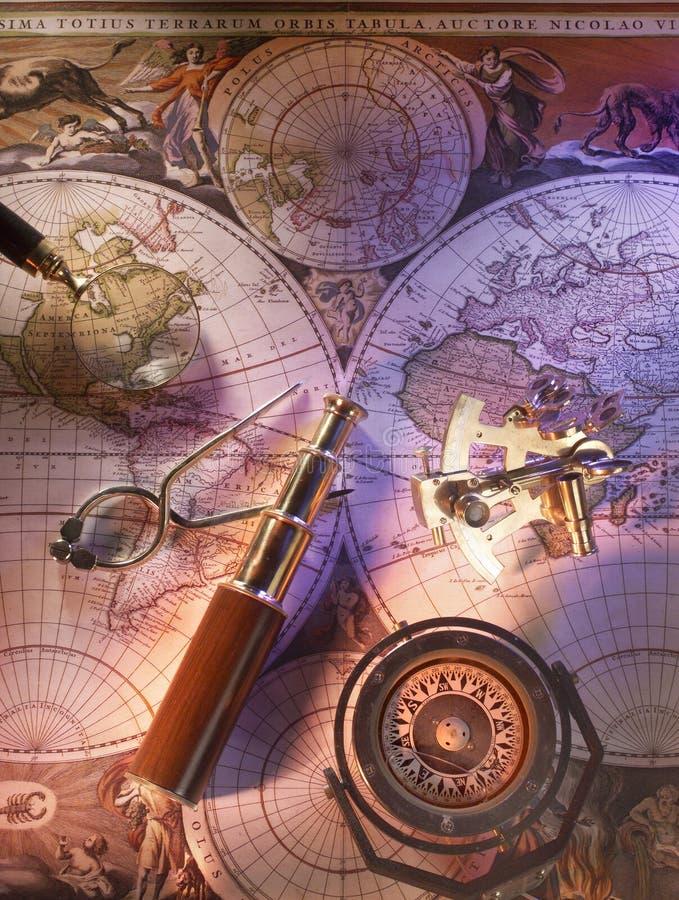 Oude zeevaartkaart van de wereld stock foto
