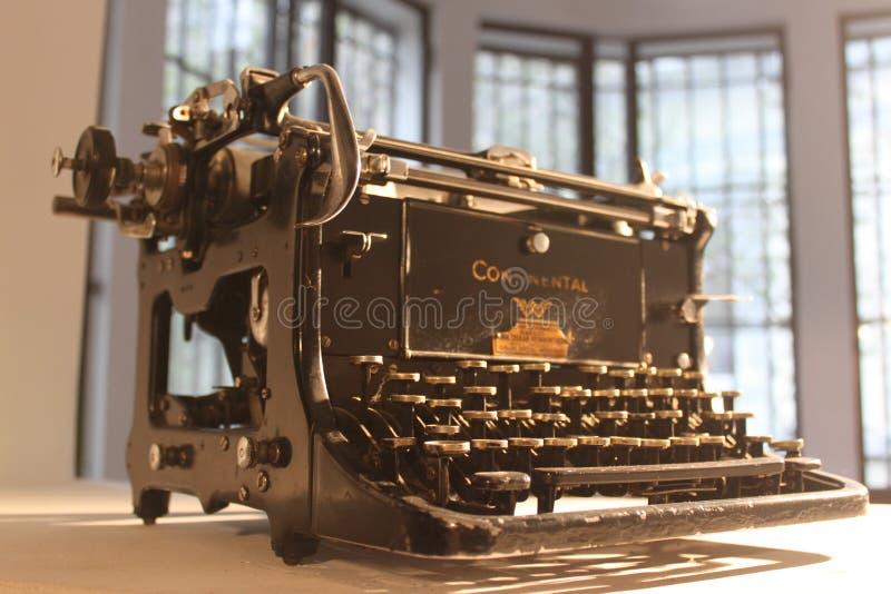 Schrijfmachine Redactionele Afbeelding