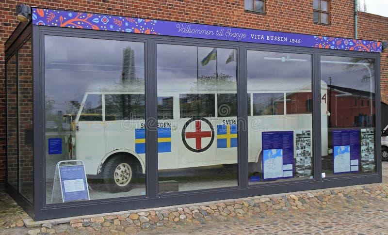 Oude Zweedse stadsbus in kasteel van Malmo royalty-vrije stock foto's