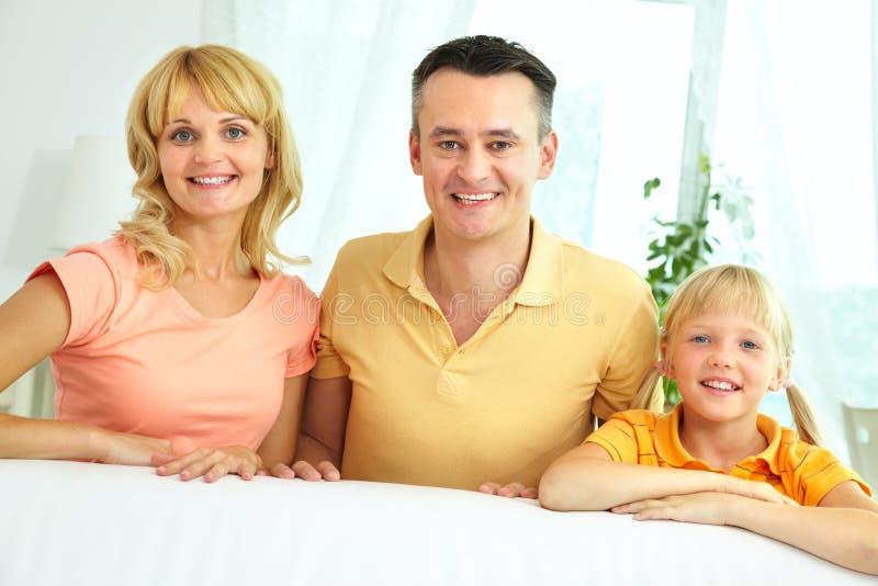 Ouders en dochter royalty-vrije stock afbeelding