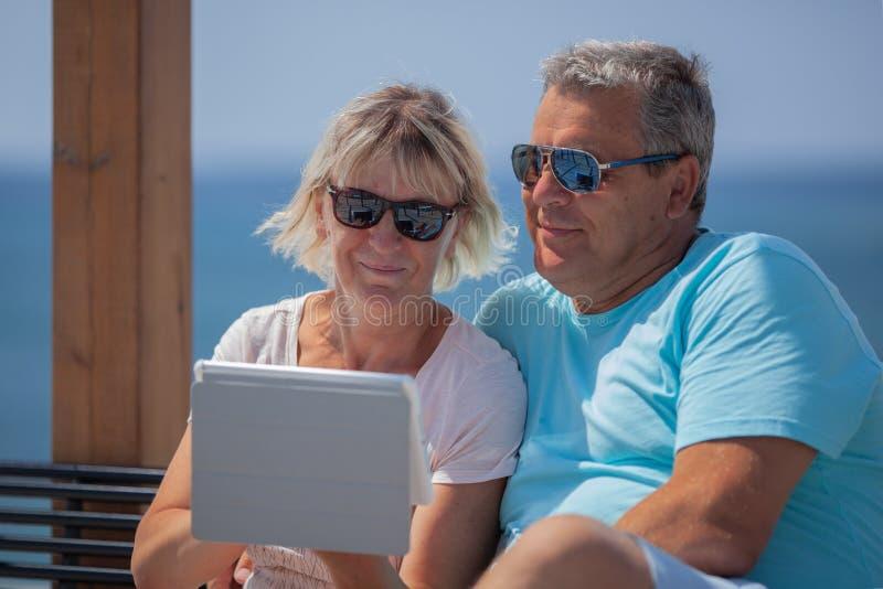 Ouders op vakantie royalty-vrije stock foto