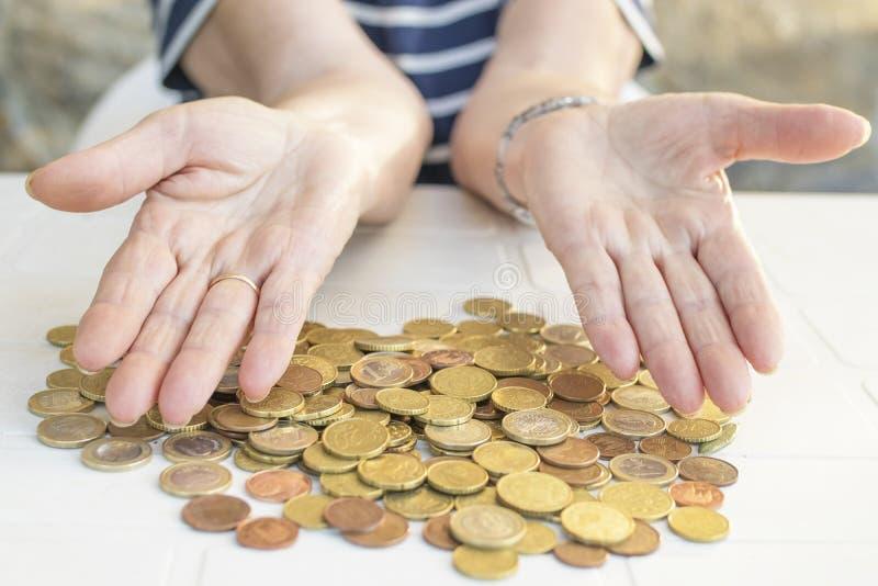 Oudsten en besparingen, pensione en financiën stock fotografie