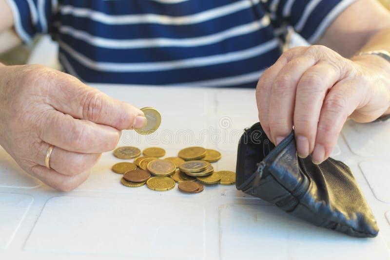 Oudsten en besparingen, pensione en financiën royalty-vrije stock fotografie