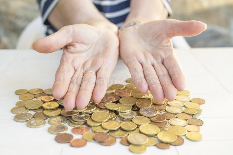 oudsten en besparingen, pensione en financiën royalty-vrije stock afbeelding