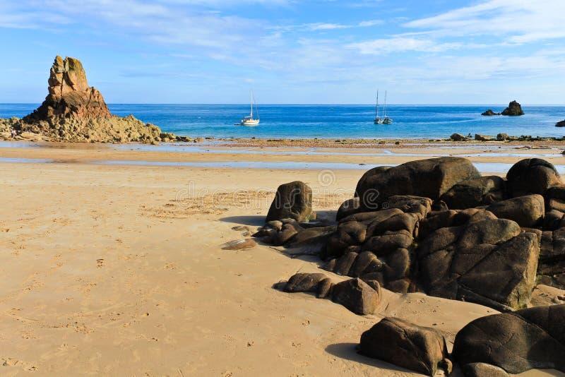 öar jersey uk för strandbeauportkanal arkivbilder