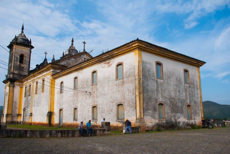 Ouro Preto, Minas Gerais, Βραζιλία: Παλαιά όμορφη καθολική εκκλησία σε μια δημοφιλή πόλη τουριστών Παγκόσμια κληρονομιά της ΟΥΝΕΣ στοκ φωτογραφίες με δικαίωμα ελεύθερης χρήσης