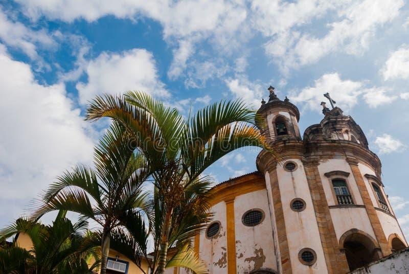 Ouro Preto, Minas Gerais, Brasile: La chiesa famosa di St Francis di Assisi, una chiesa cattolica di rococ? in Ouro Preto, Brasil fotografia stock