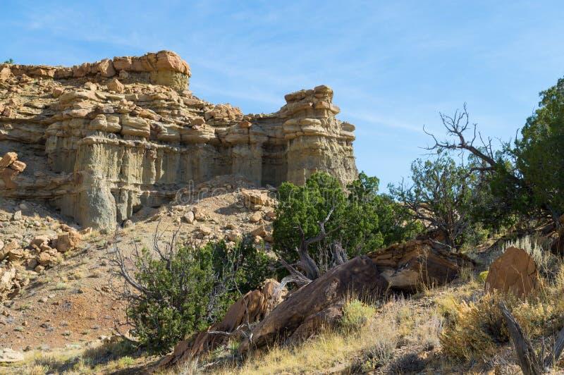 Outcropping βράχου στο νοτιοδυτικό σημείο ερήμων στοκ εικόνες