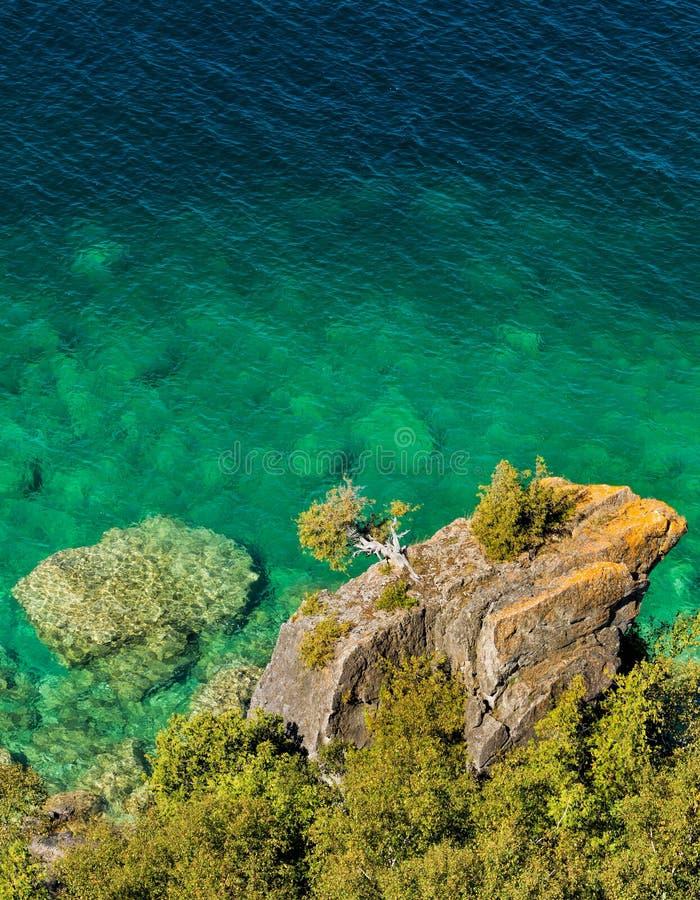 Outcropping rocoso grande en forma de una rana fotografía de archivo