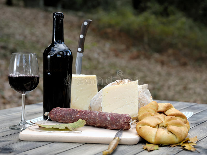 Download Outdoor Eating With Bread, Cheese, Sausage And Red Wine. Stock Image - Image: 83714357