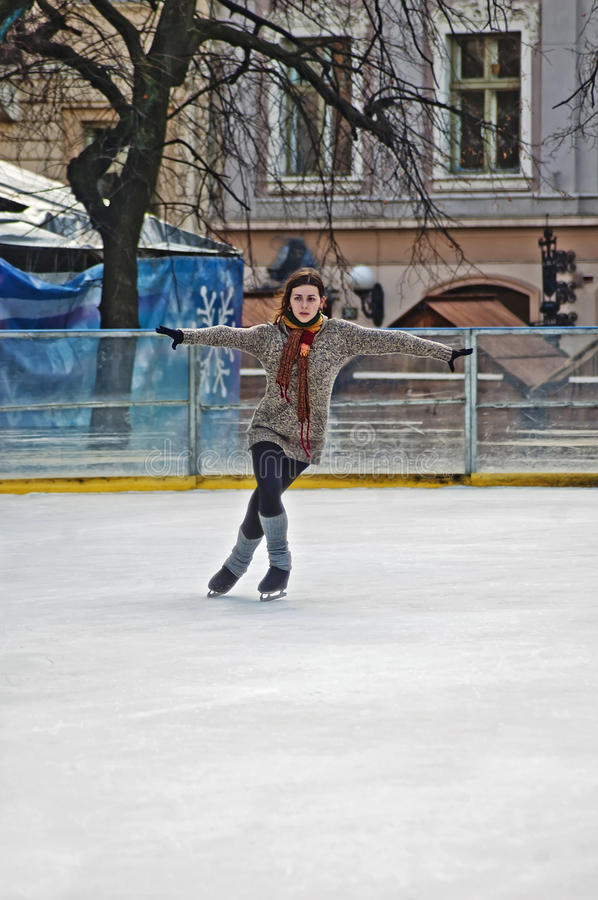 Download Outdoor Ice Rink Under The Sky Editorial Photo - Image: 27235226