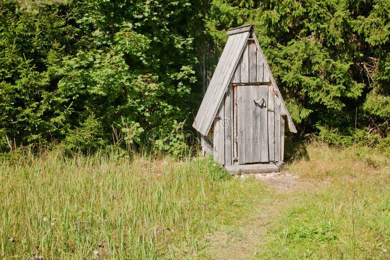Outhouse royaltyfri bild