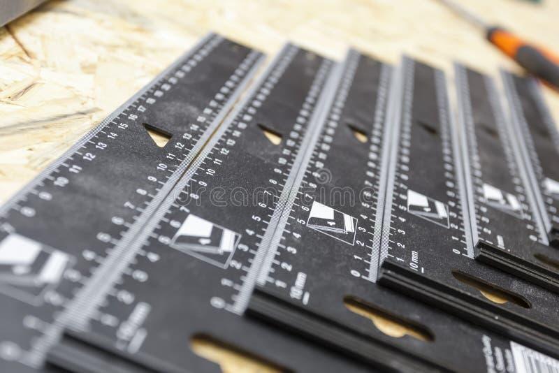 Outil manuel dans le carpenter& x27 ; atelier de s photographie stock libre de droits