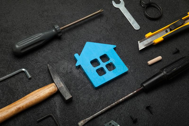 Outils à la maison de service, construction de travailleur de main photo libre de droits