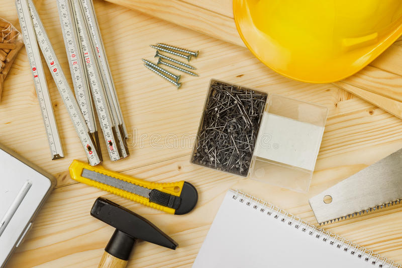 Outils assortis de boisage et de menuiserie ou de construction photos stock