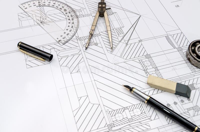 Outils d'ingénieur sur le fond de dessin, image stock