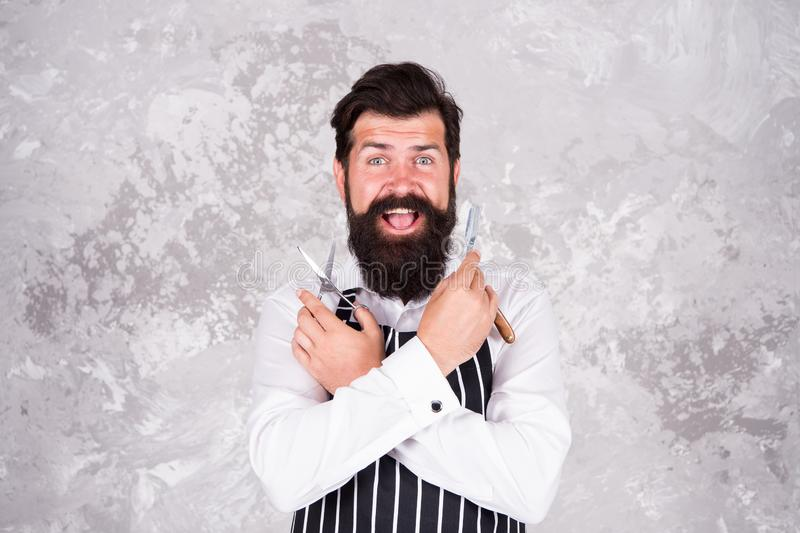 Outils de coiffeur Prise de la bonne pilosité faciale de soin Rasage barbu de hippie Beaut? masculine Maître de raseur-coiffeur M photos stock