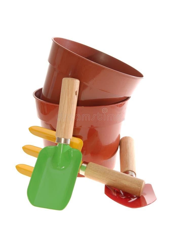 Outils de jardin photo stock image du jaune over blanc 6885118 - Ratelier outils de jardin ...