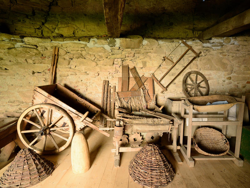 Outils en bois traditionnels, Roumanie images stock