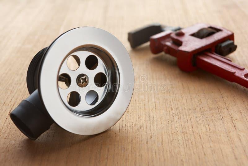 Outils et matériaux de tuyauterie photo stock