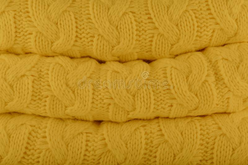 outono-inverno amarelo das cores da forma de Ceilão Pantone KNI 2018-2019 imagens de stock